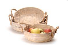 rattan basket // Καλάθι πιατέλα στρογγυλό με χερούλια από rattan. http://www.nicknack.gr/product/kalathi_piatela_stroggilo_xeroulia_rattan_kal_026611/b2c_decoration