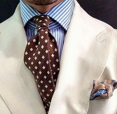 The Gentleman's Guide: Pattern Mixing - Best Fashions for All Old Man Fashion, Mens Fashion Blog, Suit Fashion, Stylish Men, Men Casual, Smart Casual, 40 Year Old Men, Blazer Outfits Men, Male Fashion Trends