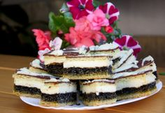 Mákos krémes Divine Chocolate, Sweet Cookies, Hungarian Recipes, Cake Bars, Cheesecake, Sweets, Breakfast, Ethnic Recipes, Poppy