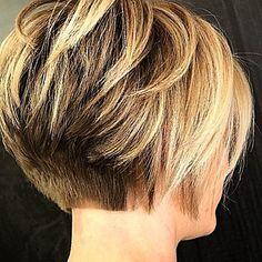 Short Hair Back, Messy Short Hair, Short Hair With Layers, Short Hair Cuts For Women, Bob Hairstyles For Thick, Mom Hairstyles, Pageboy Haircut, Short Haircut Styles, Hair Lengths