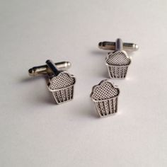 Men's New Silver Muffin Cupcakee Cufflinks Cuff Links Tie Tack Gift Set in Box