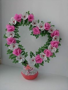 одноклассники Nylon Flowers, Diy Flowers, Crochet Flowers, Paper Flowers, Beaded Crafts, Wire Crafts, Paper Crafts, Seed Bead Flowers, French Beaded Flowers