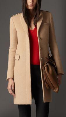 Cappotto sartoriale in cashmere e lana 750€
