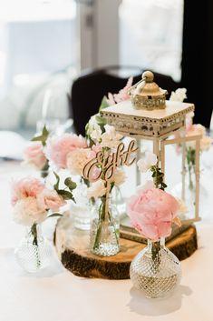 Janssen, Table Decorations, Home Decor, Lantern Wedding, Civil Wedding, Flowers, Decoration Home, Room Decor, Home Interior Design