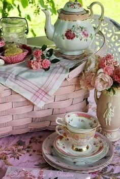 Tea Party Picnic ~