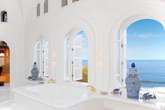 Luxurious Sea-view Bathroom of Cuixmala Retreats at the Pacific Coast of Mexico