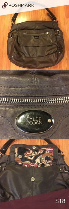 Purse Good used condition. Selling for my momma. 🚭 Smoke free, 💜😺🐶 Pet friendly household. Tyler Rodan Bags Shoulder Bags