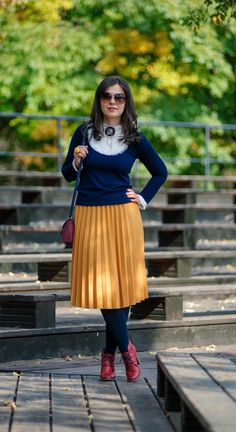 A vintage fall: mustard pleated skirt, midi skirt, burgundy boots, fall outfit