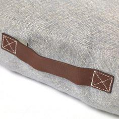 libeco-home-ltd-edition-shetland-floor-cushion-70-linen-30-wool-239.jpg (1000×1000)