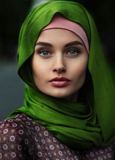 Portrait of model Kristina by Sergey Redki at Beautiful Hijab, Beautiful Curves, Beautiful Eyes, Beautiful People, Beautiful Women, Idda Van Munster, Beauty Around The World, Exotic Beauties, Foto Art