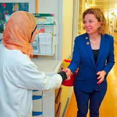 Rep. Debbie Wasserman-Schultz meets patients at Hadassah's Hospitals