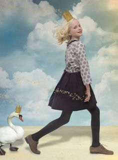 NORO shows neutral colours and spotted fabrics for kids fashion winter 2015 Kids Fashion Show, Girl Fashion Style, Kids Winter Fashion, Winter Kids, Tween Fashion, Young Fashion, Fashion Shoot, Fall Winter, Fashion Styles