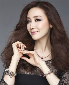 Choi Ji-woo(born Choi Mi-hyang on June is a South Korean actress. She is known for starring in the television melodramasBeautiful to Suspicious and the romantic comedy seri. Female Actresses, Korean Actresses, Beautiful Chinese Girl, Most Beautiful, Beautiful Women, Jimin, Hallyu Star, Korean Star, Wattpad