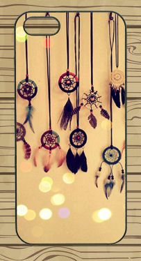 I don't believe in dreamcatchers but this is one darn cute case!!!!