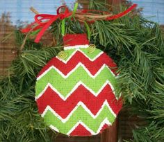Painted burlap ornaments -- love the texture the burlap gives!