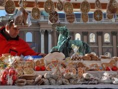 Easter Festivities at the Royal Palace, Buda Castle District, April 2015 Húsvét a Budai Várban 2015 - Programturizmus Easter Festival, Buda Castle, Public Holidays, Easter Traditions, Hungary, Traditional, Royal Palace, Budapest, Events