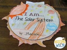 Teaching kids about the solar system using foldables and writing responses! Write across the curriculum to help students learn content and communicate ideas. Solar System Projects For Kids, Solar System Activities, Third Grade Writing, Third Grade Science, Planet Books, Science Lessons, Science Ideas, Mad Science, Outer Space Theme