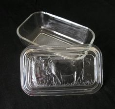Vtg 1970s Arcoroc France glass butter dish, embossed cows on lid, excellent