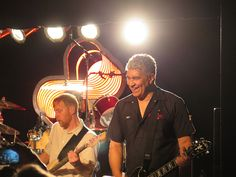 Foo Fighters - Dave Grohl, Chris Shiflett, Pat Smear, Nate Mendel & Taylor Hawkins