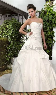 Build Your Own Ball Gown Style Wedding Dresses Classic And Timeless Church Garden Or Outdoor On Line Wedding Dresses