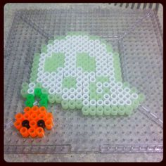 Ghost Halloween perler beads by taintedgemini Perler Bead Designs, Diy Perler Beads, Perler Bead Art, Melty Bead Patterns, Kandi Patterns, Pearler Bead Patterns, Perler Patterns, Beaded Jewelry Patterns, Beading Patterns