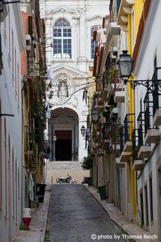 Lisbon by Thomas Reich