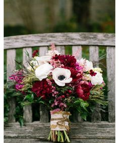 Beautiful fall wedding bouquet inspiration from Pinterest.