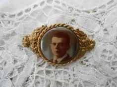 keepsake brooch from 1920 by Nkempantiques on Etsy