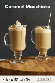 Coffee Drink Recipes, Starbucks Recipes, Coffee Drinks, Carmel Macchiato, Caramel Macchiato Recipe, Non Alcoholic Drinks, Beverages, Cocktails, Snack Recipes