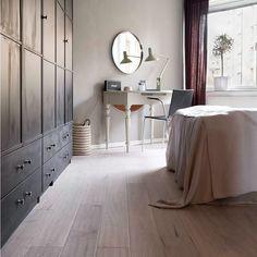 Beställ Kährs Ek Malt 1-stav på Golvpoolen.se. Slipbart trägolv med fasade kanter i varm färg. Beställ enkelt och smidigt. Alltid fri frakt och hemleverans