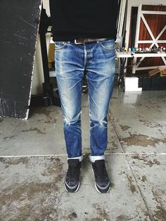 16か月履いたプチスタンダード。  腿のところのあたりが良い具合に出て、履き込みを感じさせます。