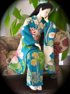 小牧多賀子さんの人形展の画像(1/2) :: 邸宅で見るアンティーク着物展