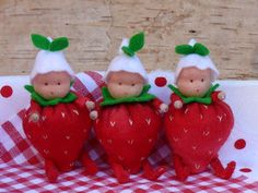 Strawberry dolls by Tintangel of The Netherlands.