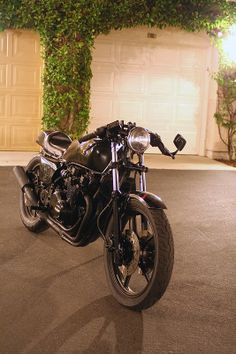 550 gpz cafe racer - Google Search