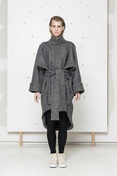 Grey wool coat www.hanazarubova.cz