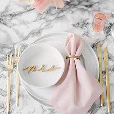 Wedding Trends Genius Ways to Add Trendy Marble Decor to Your Wedding Wedding Trends, Wedding Designs, Trendy Wedding, Wedding Ideas, Brit, Pink Color Schemes, Rose Gold Marble, Decoration Originale, Wedding Decorations