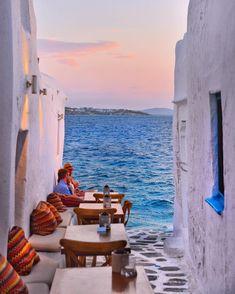 Window to the Aegean! 💕 #mykonos