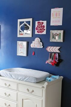 Gallery Wall in Kids Room via Shoes Off Please -like the arrow headband holder
