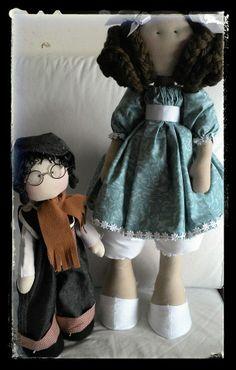 Boneca Irina e Boneco Gory