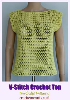Free crochet pattern for a v stitch crochet top. The small size is modeled on a small mannequin. Free V-Stitch Crochet Top Pattern. The summer crochet tank top pattern is available in women sizes XS to XL. The open stitch makes it perfect for summer. Crochet Tank Tops, Crochet Summer Tops, Crochet Blouse, Crochet Womens Tops, Crochet Ruffle, Crochet Poncho, V Stitch Crochet, Free Crochet, Easy Crochet