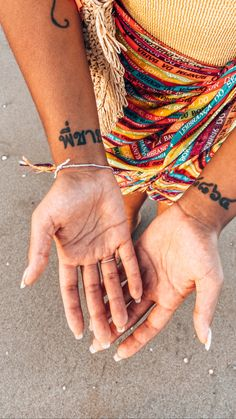 Hands, sand, color, sun Hands, Wallpapers, Sun, Photo And Video, Videos, Color, Instagram, Colour, Wallpaper
