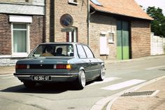 E21 was the first generation of 3 Series. It was in a beautiful design especially rear look.