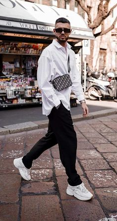 Monochrome Outfit, Monochrome Fashion, All White Mens Outfit, All Black Men, Chill Outfits, Adidas Outfit, Men Street, Trends, Streetwear Fashion