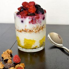 Begin je dag goed - bijvoorbeeld met deze parfait met diepvriesfruit! ♥ Foodness - good food, top products, great health