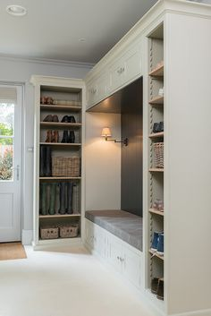 Corner Bench Seating With Storage Shelves 39 Super Ideas Boot Room, Porch Storage, Mudroom, House, Home, Mudroom Design, Storage Bench Seating, Mudroom Laundry Room, Corner Bench Seating