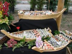 catered food events - Google Search Catering Food Displays, Catering Ideas, Appetizers For Party, Appetizer Recipes, Decoration Party, Table Decorations, Food Events, Bite Size Food, Plate Presentation