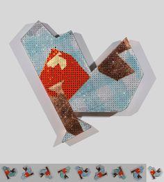 To gild the grey C. Cristales, pan de cobre, pan de oro, acrílico y papel de seda sobre cartón. 3,7 x 40 x 40 cm. 2010.