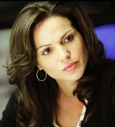 Lana Parrilla, 24 4.13 regina hairstyle once upon a time