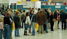 INTERVISTA CON UN UOMO FERMATO IN AEROPORTO A CAUSA DELLE DIMENSIONI DEL SUO PENE