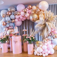 t takes real planning to organize this stunning setup💖💖 Boutique Balloons Store.melbourne Racha Sleiman - Decoration For Home Balloon Backdrop, Balloon Garland, Balloon Installation, Balloon Wall, Baby Shower Themes, Baby Shower Decorations, Shower Party, Bridal Shower, Birthday Party Decorations